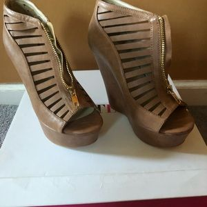 Brown JustFab wedges